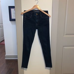 Size 6 low-mid rise AEO jeggings